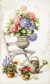 Набор для вышивки крестом Летний натюрморт с гортензиями