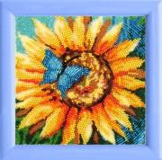 Рисунок на атласе для вышивки бисером Мотылек