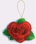 Набор для изготовления игрушки из фетра для вышивки бисером Роза