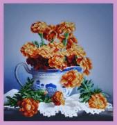 Набор для вышивки бисером Бархатцы на столе