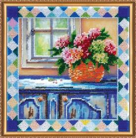 Набор для вышивки бисером на холсте Гортензия у окна