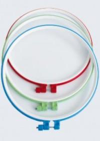 Пяльцы пластиковые для вышивания с металлическим винтом, 1 шт Чарiвна мить (Чаривна мить) Ф26 - 20.00грн.