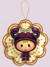 Набор для изготовления игрушки из фетра для вышивки бисером Скорпион Баттерфляй (Butterfly) F128