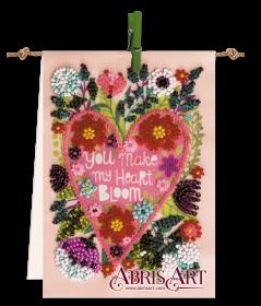 Набор-флажок для вышивки бисером на холсте Цветущее сердце