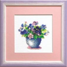 Набор для вышивки бисером Букет цветов Чарiвна мить (Чаривна мить) Б-039