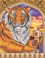 Рисунок на ткани для вышивки бисером Тигр в арке Марiчка (Маричка) РКП-258