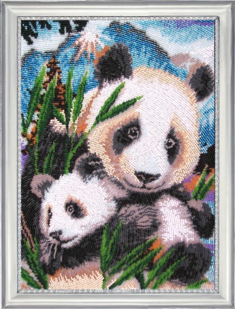 Наборы вышивки панда