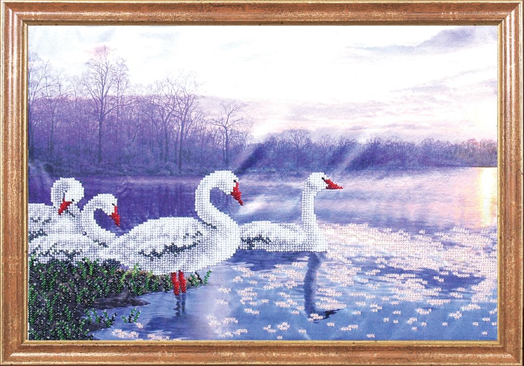 Вышивка лебеди и закат